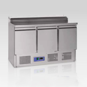 PS300: SALADETTE FRIGO 3 PORTE (CM 136,5XP70XH97)