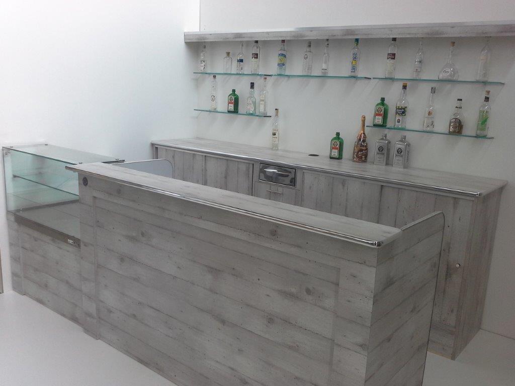 Banchi bar rivestiti su misura marchiodoro attrezzature for Cilia arredamenti