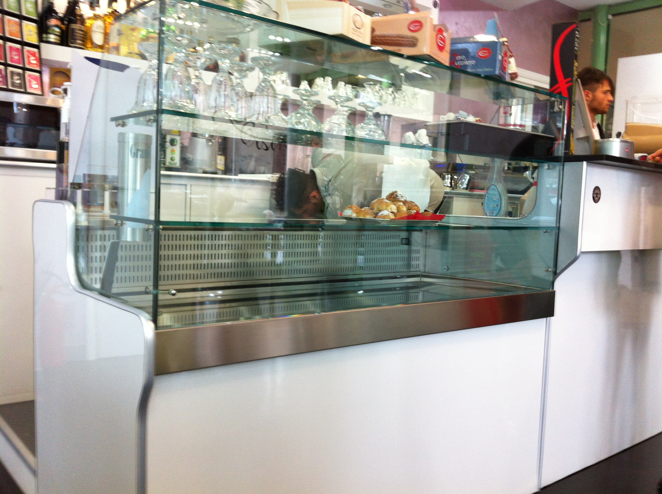 Arredi per bar marchiodoro attrezzature da ristorazione for Arredi per bar