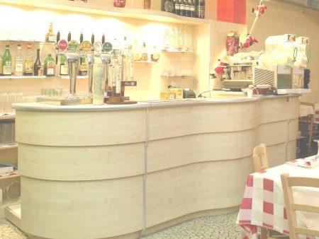 bancone bar bari